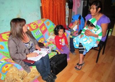 Doscientas familias y 600 personas recibieron educaci n - Casos practicos trabajo social ...